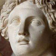 Pajan Dionizu Filodama iz Skarfeje: Legitimacija religijskega sinkretizma ali mešanje žanrov?